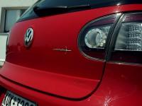 Αεροτομή καπό VW Golf V